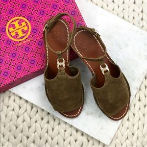 Tory Burch Gemini Link Olive Brown Suede Sandals